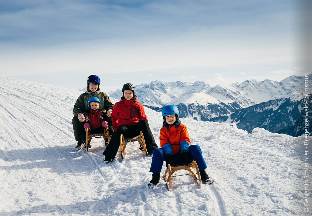 Rodeln mit der Familie im Bregenzerwald